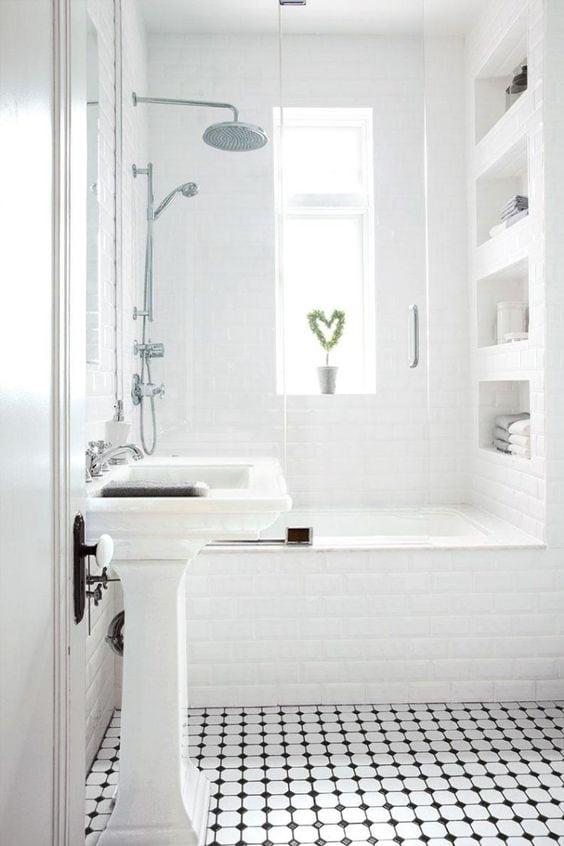 Salle de bain mes rep rages pinterest camille victor for Petit carreaux salle de bain